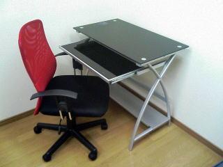 シンプル・おしゃれで種類豊富なニトリのパソコンデスクをご紹介のサムネイル画像