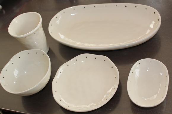 ニトリのお皿はどんなモノがあるの?種類が豊富でカワイイ!のサムネイル画像